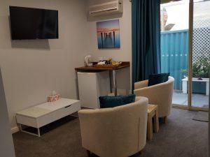 Room 5 KItchen Palm Beach Bed and Breakfast Rockingham WA